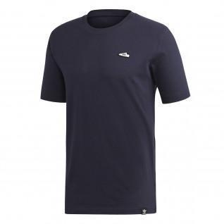 adidas Originals T-Shirt mit Stickerei